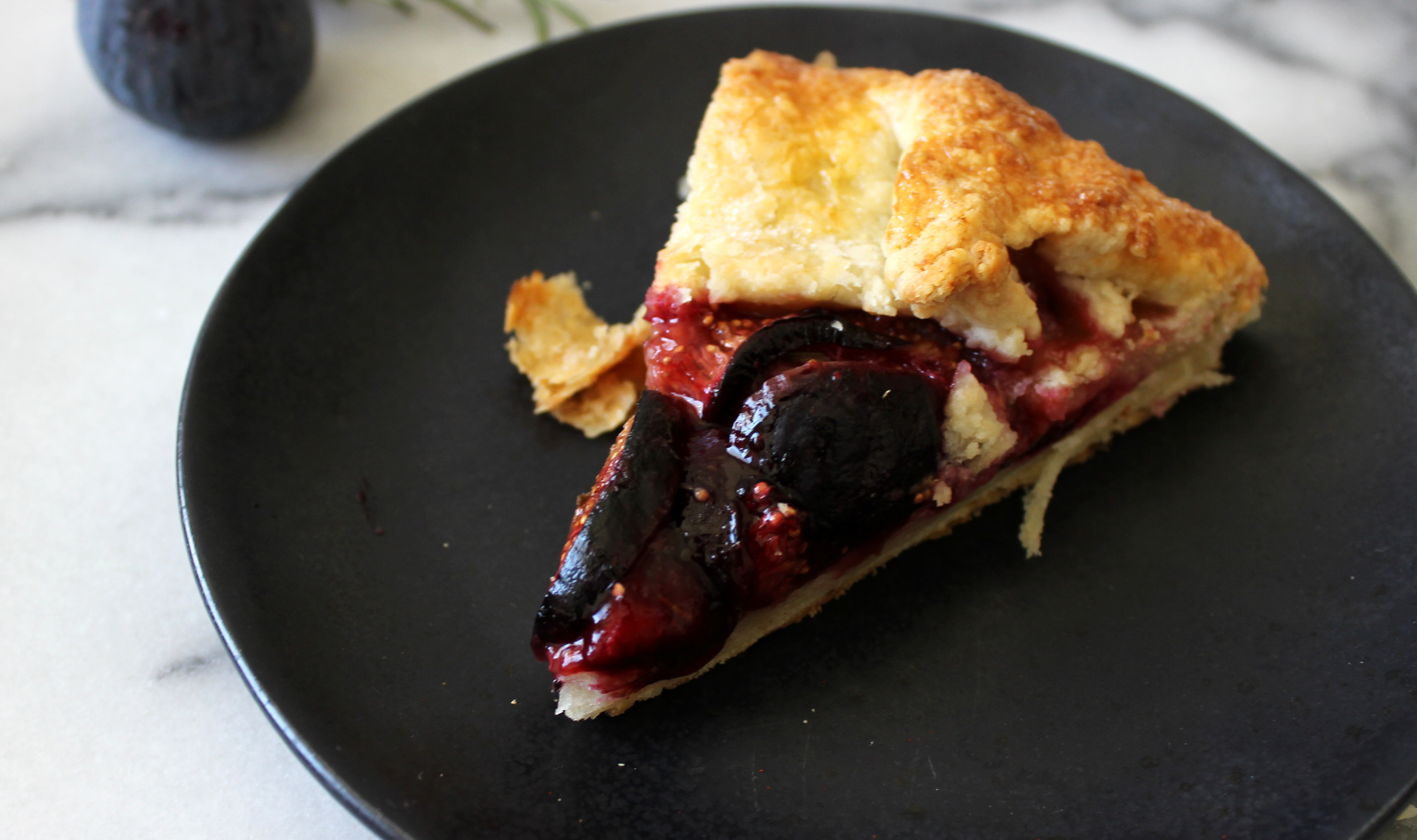 2015 08 decorating with plum and damson - Img_3277
