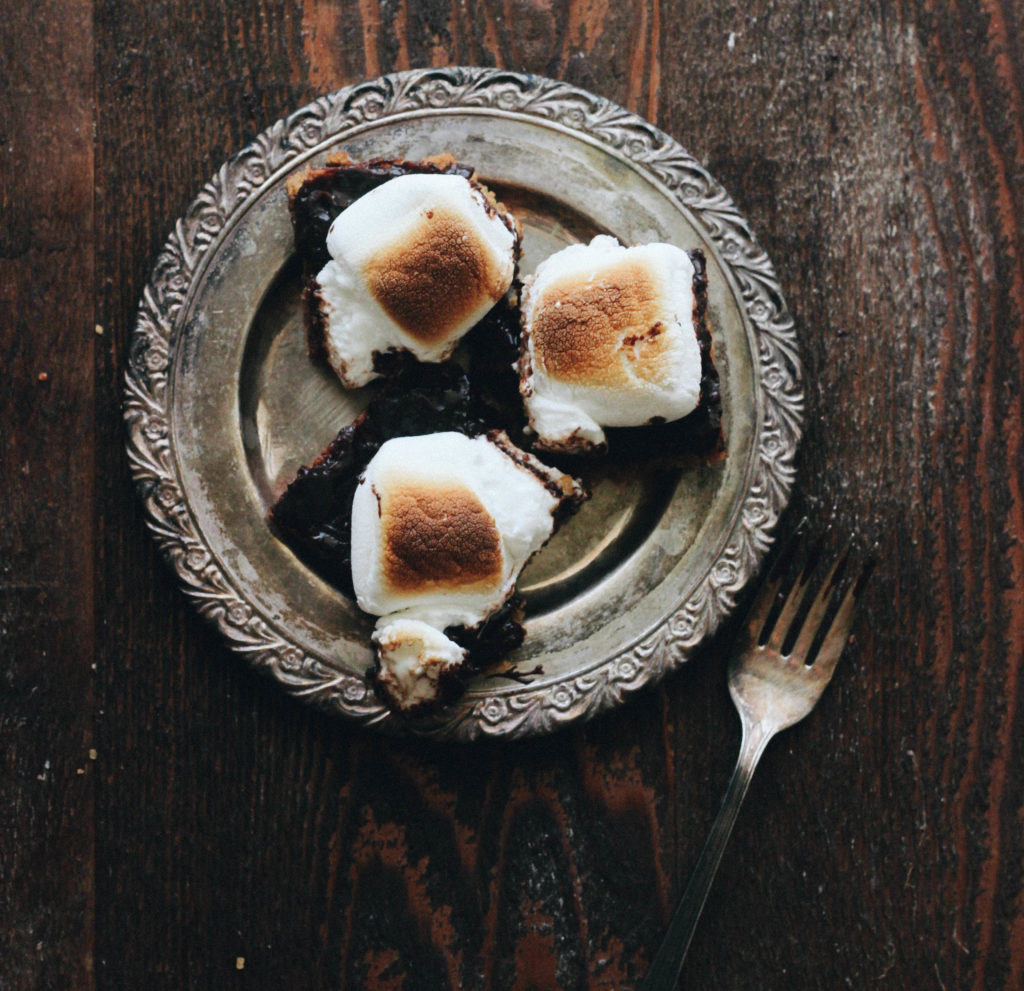 s'more bar